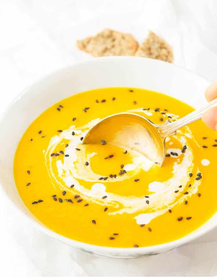 This creamy carrot and ginger soup is a vegan bowl of golden goodness. delicious, budget-friendly and packed with anti-inflammatory and detox ingredients. Ready in 30 minutes!