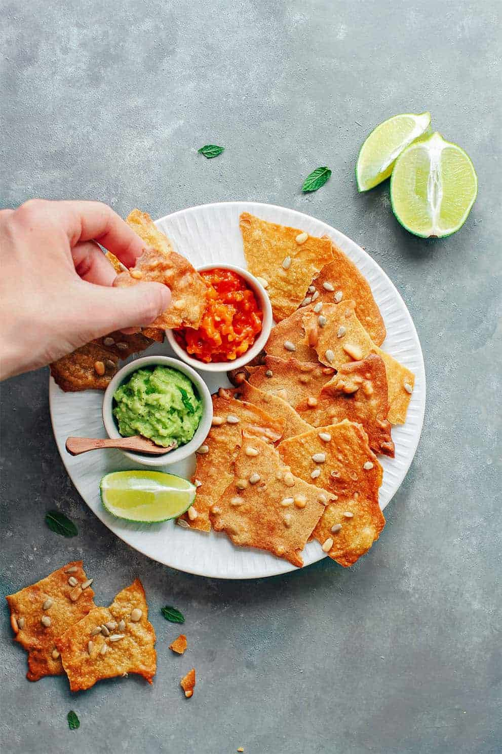 Seedy and Cheesy Tuiles (Vegan + GF) by Full of Plant:these delicious, easy and vegan appetizers are perfect to please a crowd!