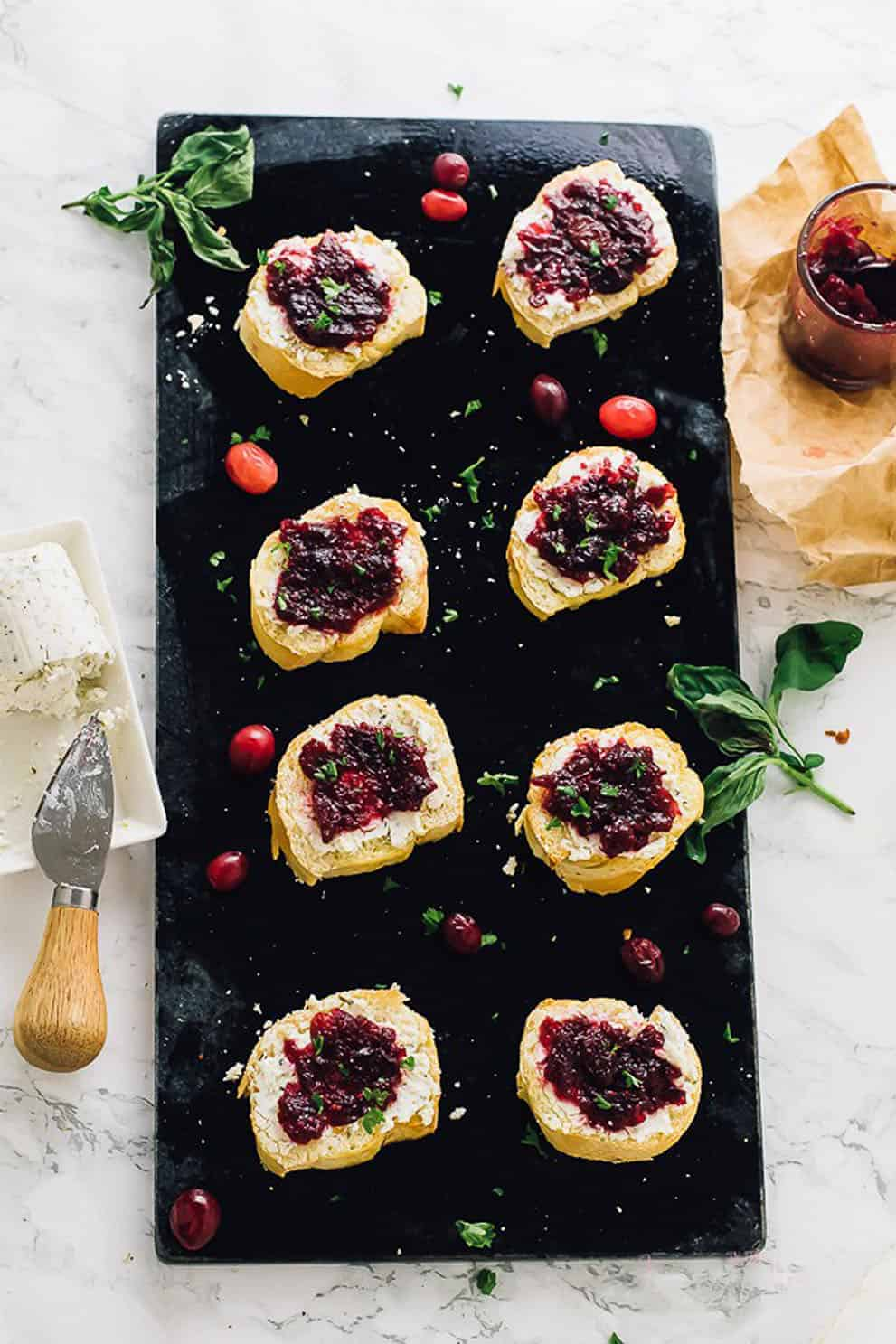"""VEGAN CRANBERRY """"GOAT CHEESE"""" CROSTINI by Jessica in the Kitchen:these delicious, easy and vegan appetizers are perfect to please a crowd!"""
