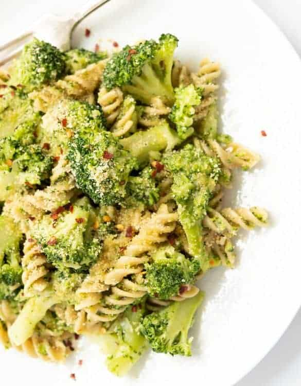 This flavorsome broccoli pasta is a combination of amazing flavors and it's ready in 20 minutes.