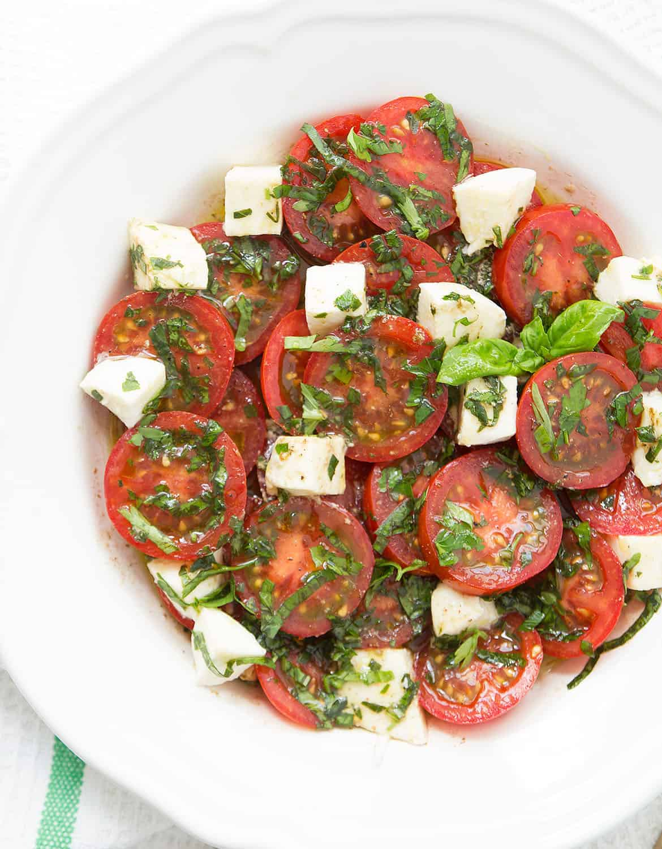 The best marinated tomato salad