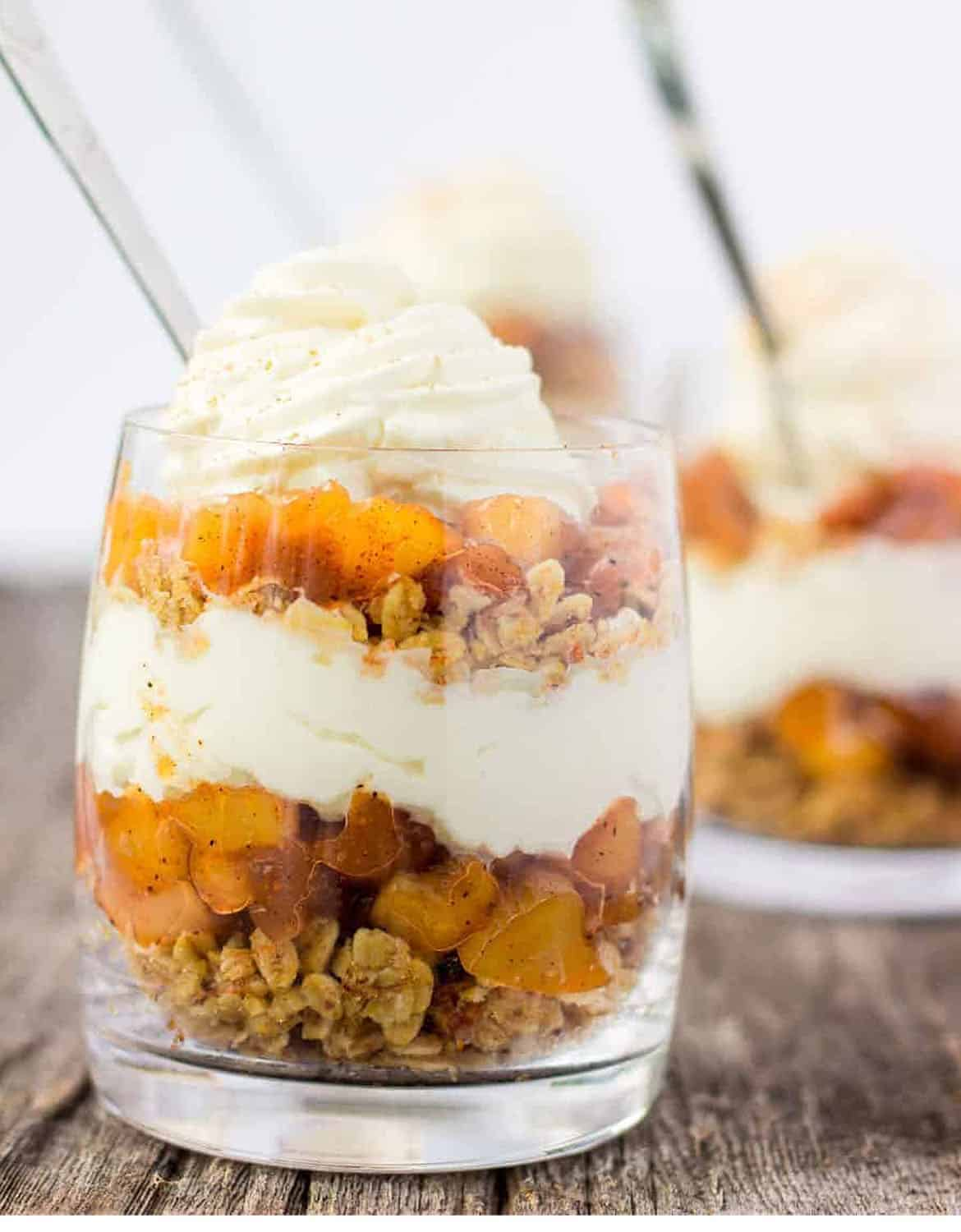 WHAT TO DO WITH APPLES: NO-BAKE APPLE PIE PARFAITS by My Organised Chaos