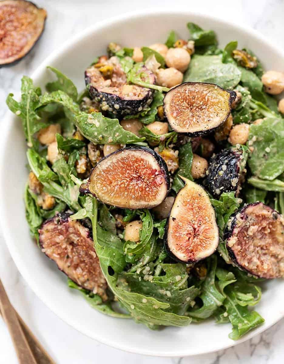 15 amazing holiday salads: ARUGULA FIG SALAD WITH CREAMY BALSAMIC VINAIGRETTE by Simply Quinoa