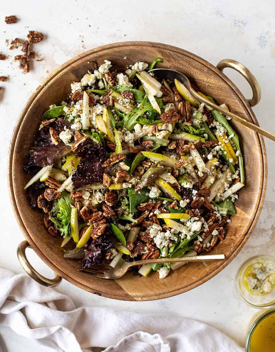 15 Amazing holiday salads: PEAR, GORGONZOLA, AND SWEET AND SPICY PECAN SALAD by How Sweet Eats