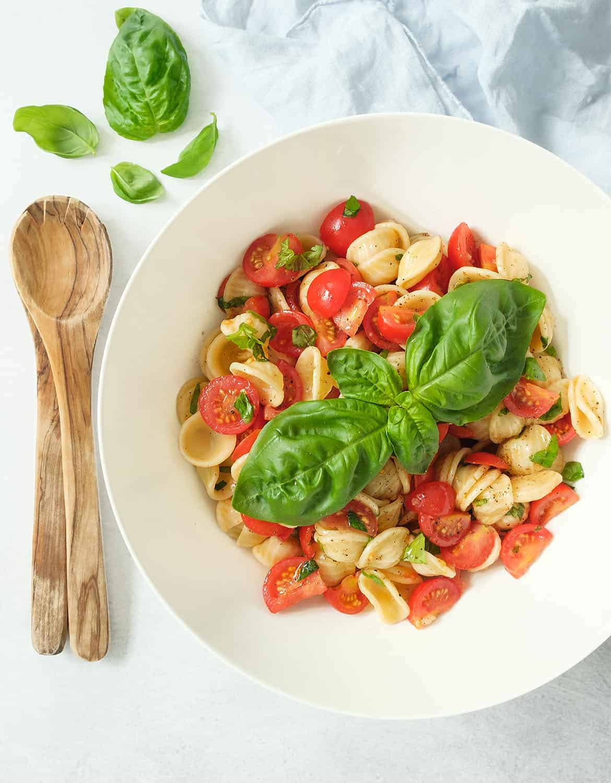 Cherry tomato pasta salad